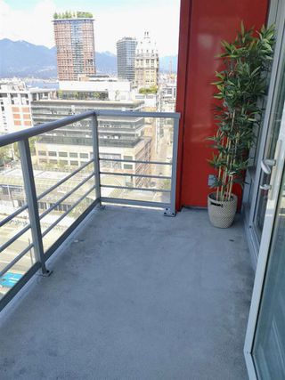 "Photo 9: 1503 602 CITADEL Parade in Vancouver: Downtown VW Condo for sale in ""SPECTRUM 4"" (Vancouver West)  : MLS®# R2412721"