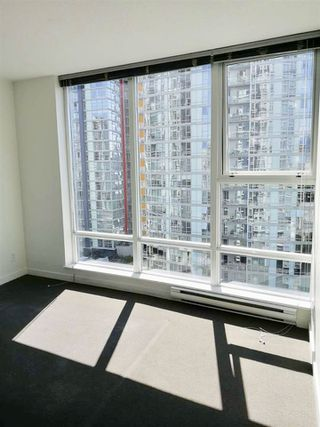 """Photo 5: 1503 602 CITADEL Parade in Vancouver: Downtown VW Condo for sale in """"SPECTRUM 4"""" (Vancouver West)  : MLS®# R2412721"""