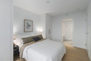 """Photo 9: 2011 908 QUAYSIDE Drive in New Westminster: Quay Condo for sale in """"RiverSky 1"""" : MLS®# R2431432"""