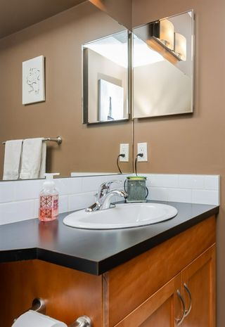 Photo 15: 15 675 ALBANY Way in Edmonton: Zone 27 Townhouse for sale : MLS®# E4188947