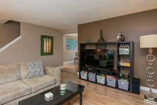 Photo 5: 15 675 ALBANY Way in Edmonton: Zone 27 Townhouse for sale : MLS®# E4188947