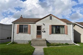 Photo 1: 231 Bronx Avenue in Winnipeg: Residential for sale (3D)  : MLS®# 202011618