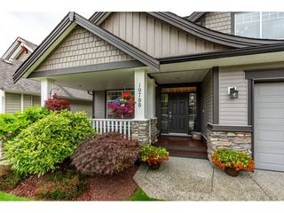 """Photo 2: 19788 69 Avenue in Langley: Willoughby Heights House for sale in """"Providence"""" : MLS®# R2479891"""