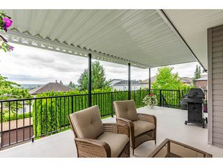 """Photo 30: 19788 69 Avenue in Langley: Willoughby Heights House for sale in """"Providence"""" : MLS®# R2479891"""