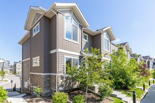 Main Photo: 635 EVANSTON Manor NW in Calgary: Evanston Row/Townhouse for sale : MLS®# A1018017