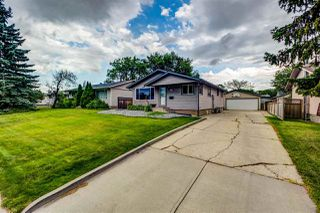 Photo 3: 8915 169 Street in Edmonton: Zone 22 House for sale : MLS®# E4209054