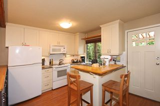Photo 12: 1084 Lombardy Drive in Port Coquitlam: Home for sale : MLS®# V815672