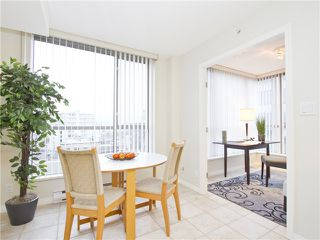"Photo 9: 706 1575 W 10TH Avenue in Vancouver: Fairview VW Condo for sale in ""THE TRITON"" (Vancouver West)  : MLS®# V1020833"