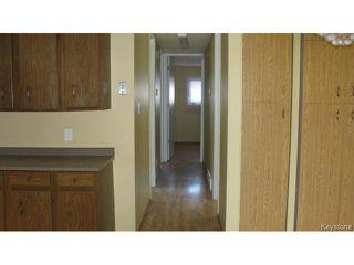 Photo 8: 1062 McLeod Avenue in WINNIPEG: North Kildonan Single Family Attached for sale (North East Winnipeg)  : MLS®# 1412031