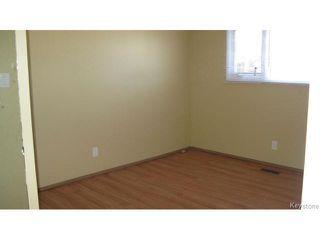 Photo 10: 1062 McLeod Avenue in WINNIPEG: North Kildonan Single Family Attached for sale (North East Winnipeg)  : MLS®# 1412031
