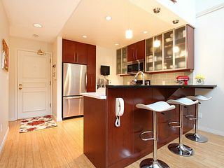 Photo 3: # 302 650 MOBERLY RD in Vancouver: False Creek Condo for sale (Vancouver West)  : MLS®# V1059432