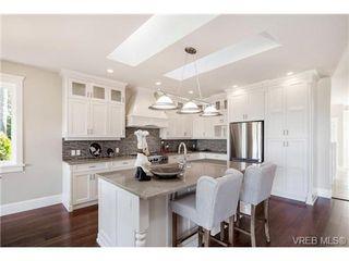 Photo 7: 2071 Hedgestone Lane in VICTORIA: La Bear Mountain Residential for sale (Langford)  : MLS®# 339240