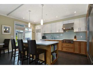Photo 4: 1 555 Raven Woods Drive in North Vancouver: Roche Point Townhouse for sale : MLS®# V1042218