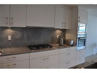"Photo 3: 802 728 W 8TH Avenue in Vancouver: Fairview VW Condo for sale in ""700 West 8th"" (Vancouver West)  : MLS®# V1082906"
