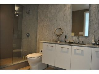 "Photo 7: 802 728 W 8TH Avenue in Vancouver: Fairview VW Condo for sale in ""700 West 8th"" (Vancouver West)  : MLS®# V1082906"