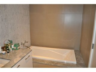 "Photo 8: 802 728 W 8TH Avenue in Vancouver: Fairview VW Condo for sale in ""700 West 8th"" (Vancouver West)  : MLS®# V1082906"
