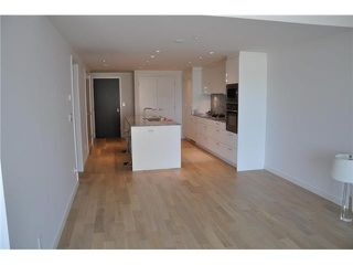 "Photo 5: 802 728 W 8TH Avenue in Vancouver: Fairview VW Condo for sale in ""700 West 8th"" (Vancouver West)  : MLS®# V1082906"