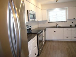 Photo 3: # 506 1350 VIDAL ST: White Rock Condo for sale (South Surrey White Rock)  : MLS®# F1424516