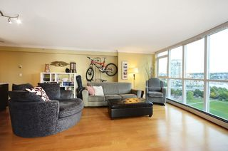Photo 4: #1102-388 Drake St. in Vancouver: Yaletown Condo for sale (Vancouver West)  : MLS®# v1028296