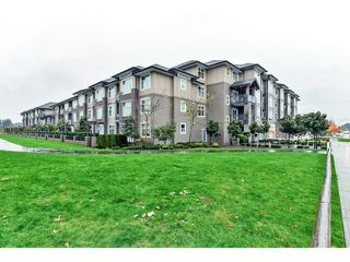 Photo 12: # 317 18818 68TH AV in Surrey: Clayton Condo for sale (Cloverdale)  : MLS®# F1438129