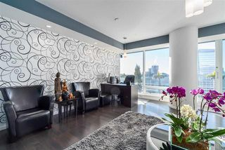 Photo 3: 3504 1011 W CORDOVA STREET in VANCOUVER: Coal Harbour Condo for sale (Vancouver West)  : MLS®# R2022874