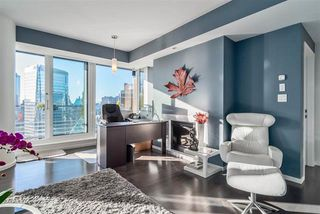 Photo 4: 3504 1011 W CORDOVA STREET in VANCOUVER: Coal Harbour Condo for sale (Vancouver West)  : MLS®# R2022874