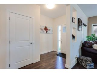 Photo 2: 21 Evansview Manor NW in Calgary: Evanston House for sale : MLS®# C4070895