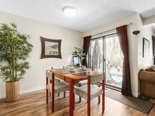 Photo 5: 1875 LILAC DRIVE in Surrey: King George Corridor Townhouse for sale (South Surrey White Rock)  : MLS®# R2144648