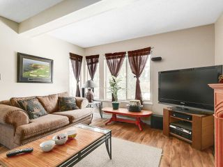 Photo 4: 1875 LILAC DRIVE in Surrey: King George Corridor Townhouse for sale (South Surrey White Rock)  : MLS®# R2144648