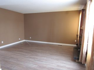 Photo 4: 7, 9310 Morinville Drive in Morinville: Townhouse for rent