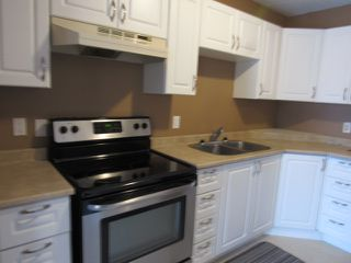 Photo 2: 7, 9310 Morinville Drive in Morinville: Townhouse for rent