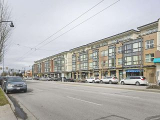 Main Photo: 112 2239 KINGSWAY in Vancouver: Victoria VE Townhouse for sale (Vancouver East)  : MLS®# R2387811