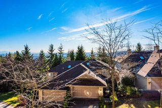 "Photo 2: 149 2979 PANORAMA Drive in Coquitlam: Westwood Plateau Townhouse for sale in ""DEERCREST"" : MLS®# R2419317"