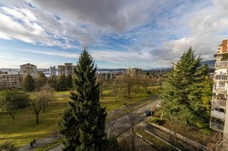 """Photo 17: 703 114 W KEITH Road in North Vancouver: Central Lonsdale Condo for sale in """"Ashby House"""" : MLS®# R2426357"""