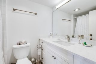 """Photo 11: 703 114 W KEITH Road in North Vancouver: Central Lonsdale Condo for sale in """"Ashby House"""" : MLS®# R2426357"""