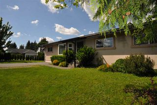 Photo 1: 26635 32 Avenue in Langley: Aldergrove Langley House for sale : MLS®# R2458739