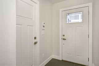 """Photo 2: 42 189 WOOD Street in New Westminster: Queensborough Townhouse for sale in """"RIVER MEWS"""" : MLS®# R2466594"""