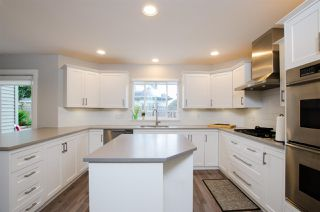 """Photo 3: 5338 GALLEON Place in Delta: Neilsen Grove House for sale in """"MARINA GARDENS"""" (Ladner)  : MLS®# R2470866"""