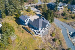 Photo 3: 7450 Thornton Hts in Sooke: Sk Silver Spray Single Family Detached for sale : MLS®# 836511