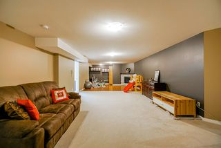 "Photo 30: 37 8250 158 Street in Surrey: Fleetwood Tynehead Townhouse for sale in ""MONTROSE"" : MLS®# R2480308"