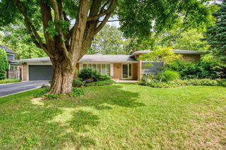 Photo 1: 115 Wolfdale Avenue in Oakville: Bronte East House (Sidesplit 4) for lease : MLS®# W4912271