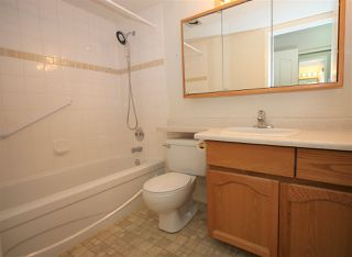 """Photo 8: 201 2491 GLADWIN Road in Abbotsford: Abbotsford West Condo for sale in """"Lakewood Gardens"""" : MLS®# R2517289"""
