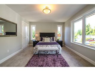 Photo 9: 275 E OSBORNE RD in North Vancouver: Upper Lonsdale House for sale : MLS®# V1031540