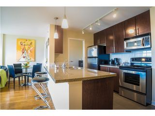 Photo 3: # 710 58 KEEFER PL in Vancouver: Downtown VW Condo for sale (Vancouver West)  : MLS®# V1066001