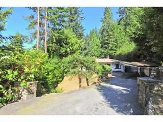 Photo 1: 499 VENTURA Crescent in North Vancouver: Upper Delbrook House for sale : MLS®# V1078211