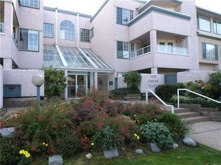 Photo 1: # 209 125 W 18TH ST in North Vancouver: Central Lonsdale Condo for sale : MLS®# V1073390