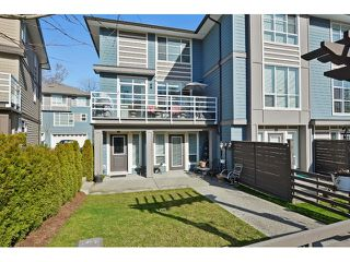 Photo 1: #17-15405 31st Ave in Surrey: King George Corridor Townhouse for sale (South Surrey White Rock)  : MLS®# F1438214