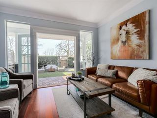 Photo 4: 408 W 6th Street in North Vancouver: Lower Lonsdale House Triplex for sale : MLS®# R2051728