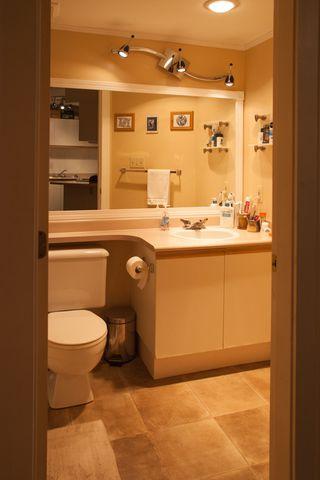 Photo 7: A109 40100 WILLOW CRESCENT in Squamish: Garibaldi Estates Condo for sale : MLS®# R2053513