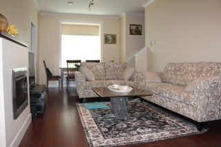 Photo 2:  in RICHMOND: Lackner Townhouse for rent (Richmond)